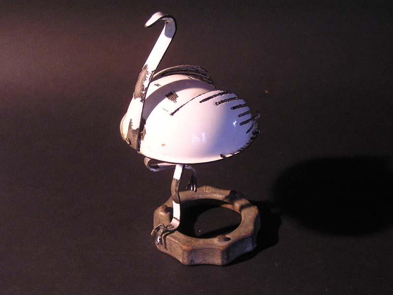 pelikan chochlowy